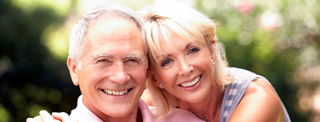 http://dentalimplantslasvegas.org/images/complete-dentures-las-vegas.jpg